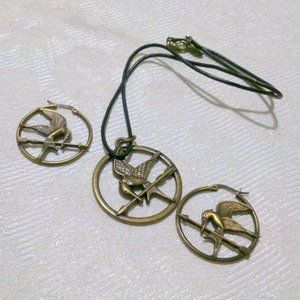Hunger Games Mockingjay Necklace Earring Demi